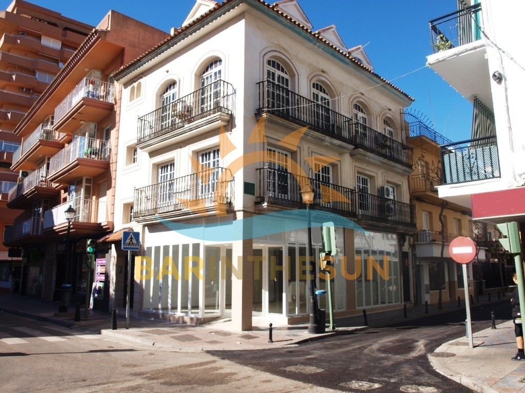 Corner Located Los Boliches Cafeteria Bar For Rent, Bars For Rent in Spain