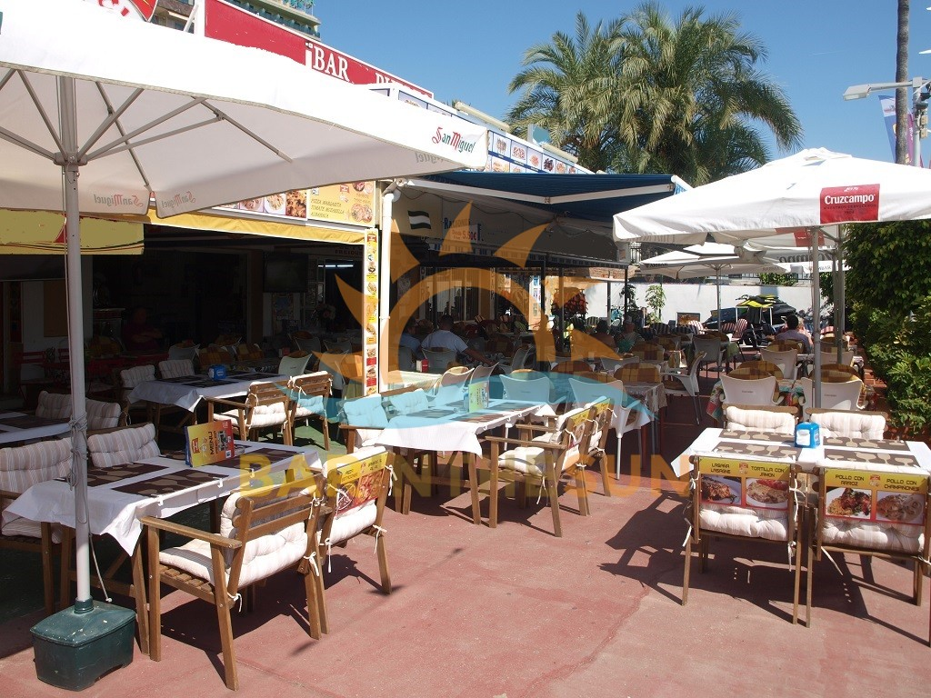 Fully Established Fuengirola Puerto Marina Cafe Bars For Sale, Bars For Sale in Spain
