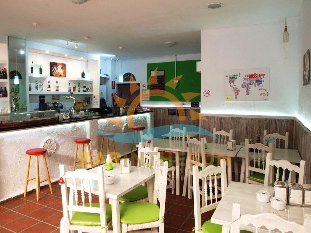Easily Managed Cafe Bar For Sale in Fuengirola on The Costa Del Sol