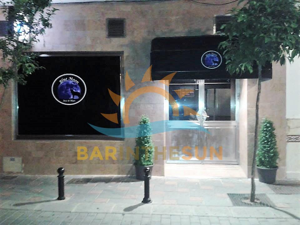 Bargain Priced Fun Pub For Rent in Fuengirola on The Costa del Sol