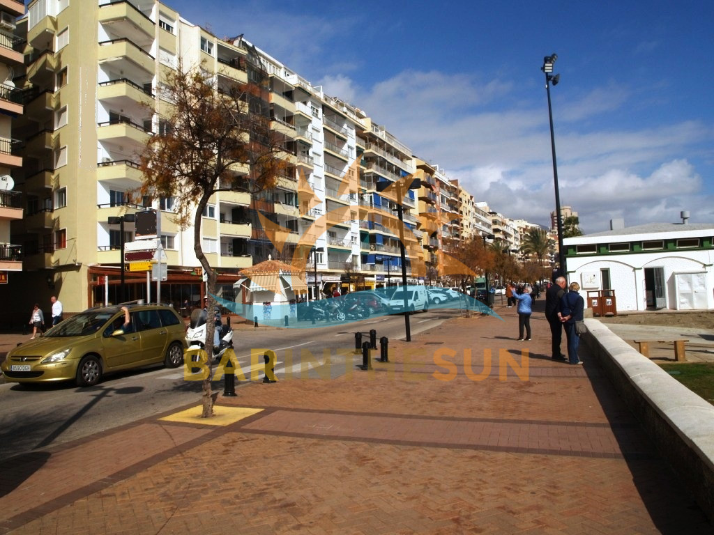 Fuengirola Sea Front Cafe Bars For Sale, Costa del Sol Cafe Bars For Sale