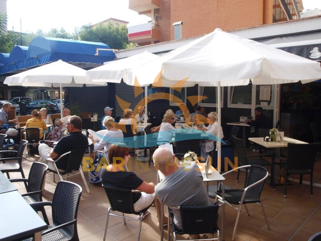 Fully Established Successfully Run Cafe Bar in Fuengirola For Sale