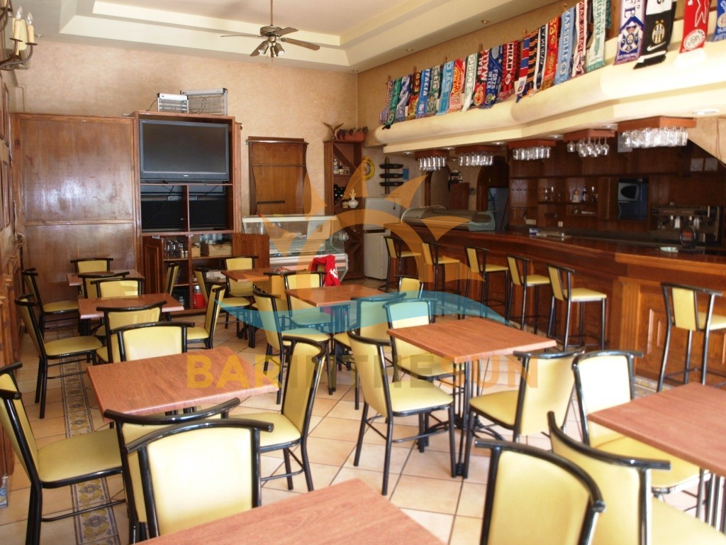 Cafe Bar For Rent in Torremolinos on The Costa Del Sol in Spain