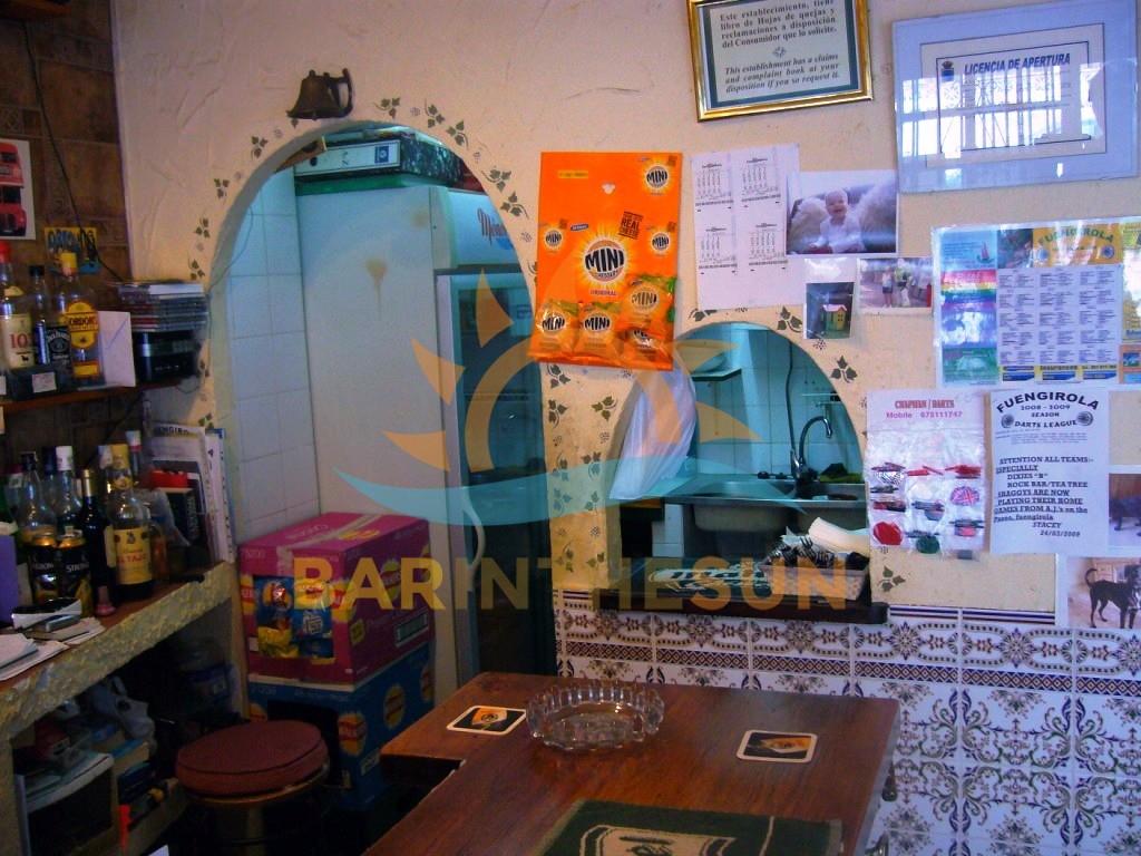 €109,950 – Cafe Bars in Fuengirola – Ref F1111
