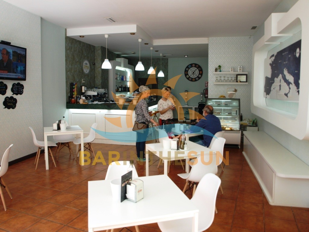 Modern Trendy Town Centre Located Fuengirola Cafe Bar For Sale