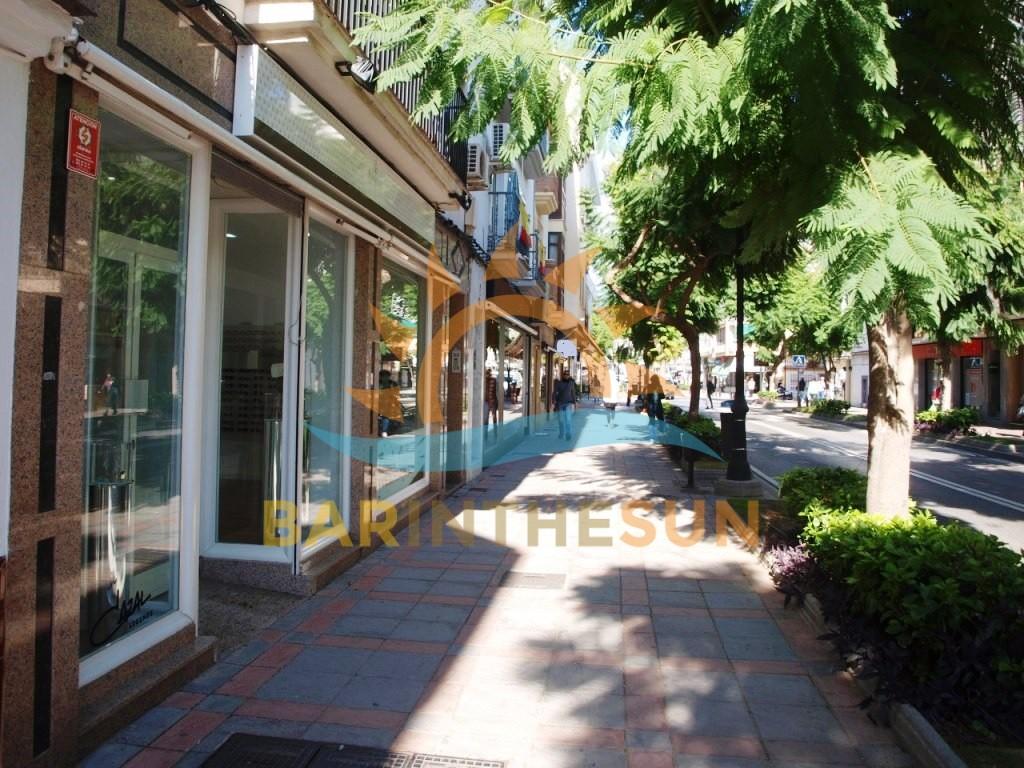 €29,950 – Retail Businesses in Fuengirola – Ref F1516