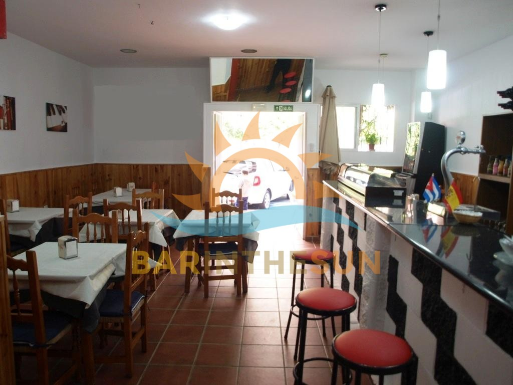 €149,950 – Cafe Bars in Fuengirola – Ref F1587