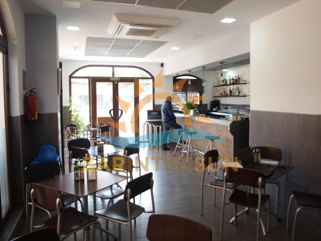 €39,950 – Cafe Bars in Fuengirola – Ref F1592