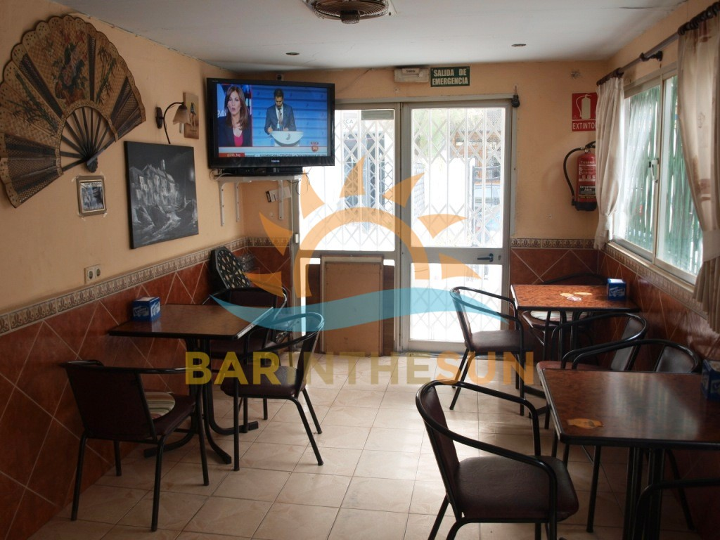 €149,950 – Cafe Bars in Fuengirola – Ref F2202