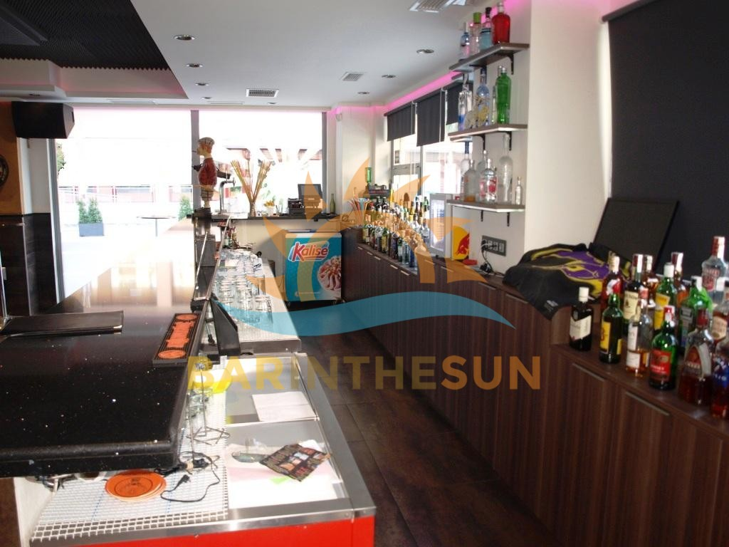 €175,000 – Drinks Bar in Fuengirola – Ref F2203