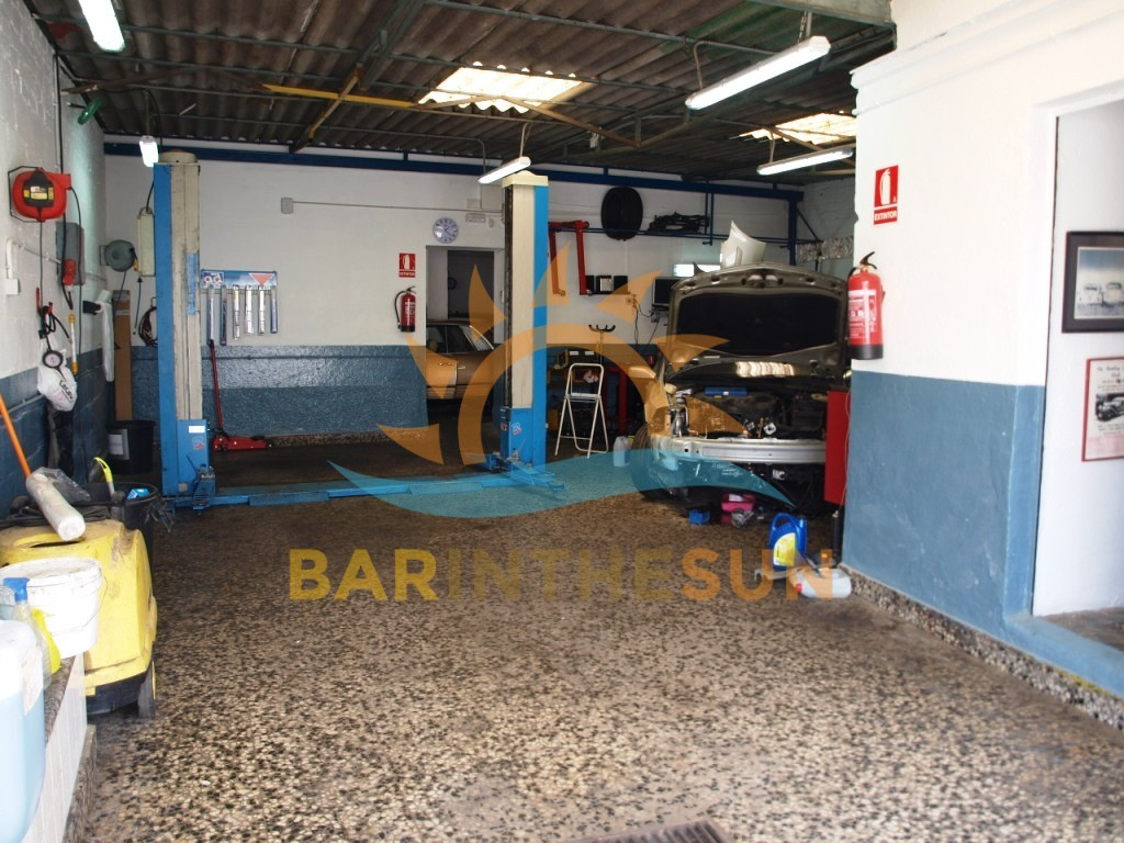 €39,950 – Auto Related Businesses in Fuengirola – Ref F2220