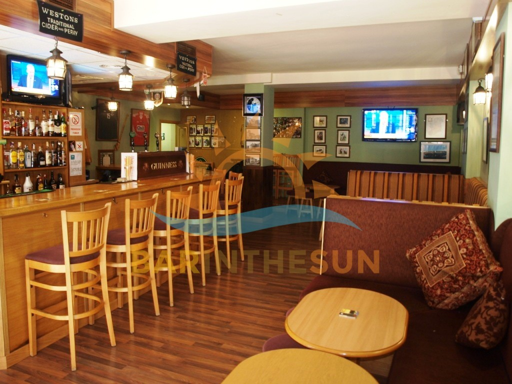 Long Established Irish Themed Pub For Sale in Fuengirola, Pubs For Sale in Spain