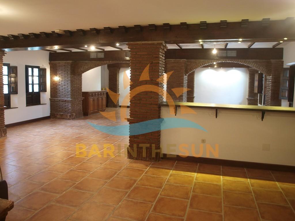 €350,000 – Bar-Restaurants in Fuengirola – Ref F2330