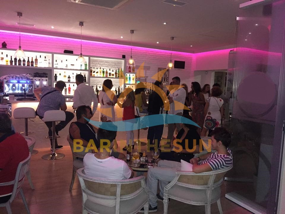 €74,950 – Cafe Bars in Fuengirola – Ref F2321