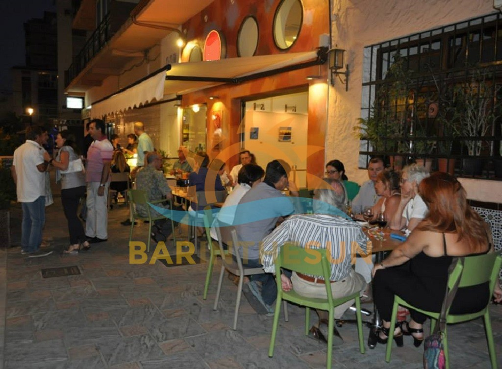 Fuengirola Town Centre Cafeteria Bar For Sale, Businesses For Sale in Spain