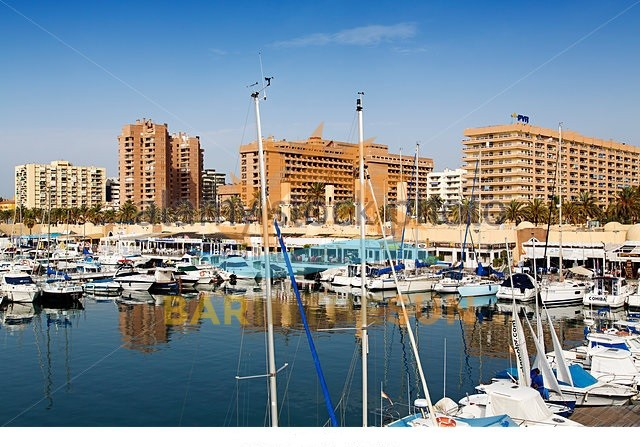 Excellent Value Marina Located Cafe Bar For Sale in Fuengirola Costa del Sol