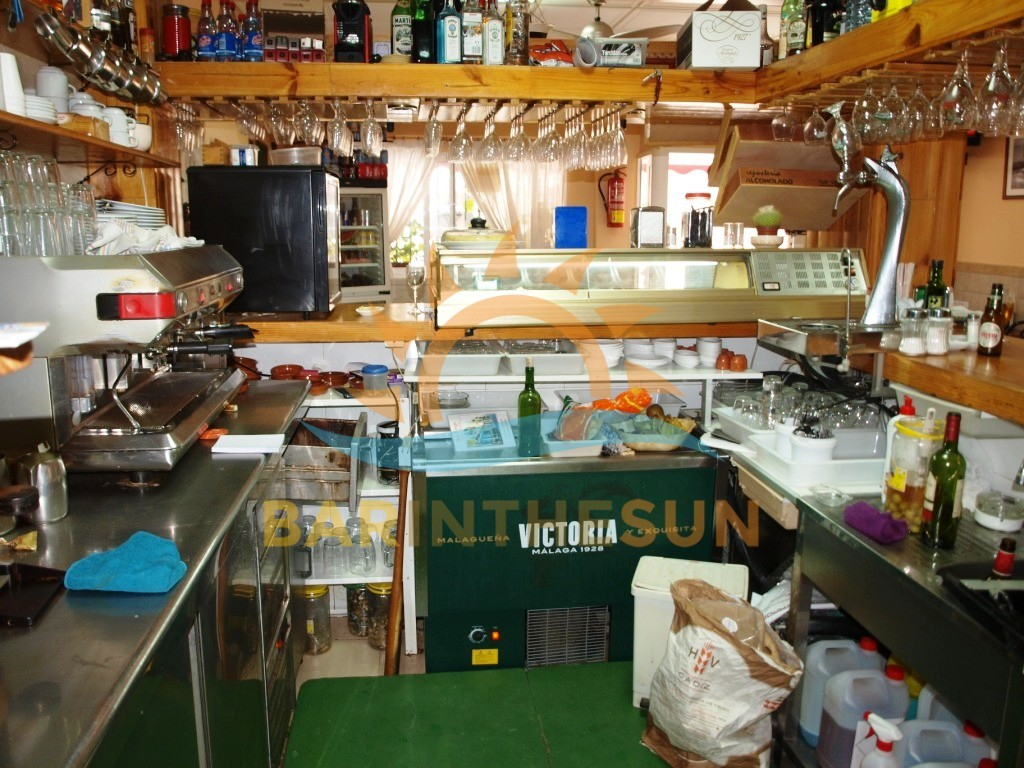 €245,000 – Cafe Bars in Fuengirola – Ref LB2055