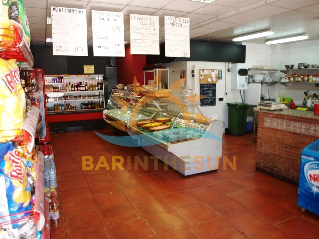 Takeaway Fast Food Bar With Mini Supermarket For Sale On the Costa del Sol