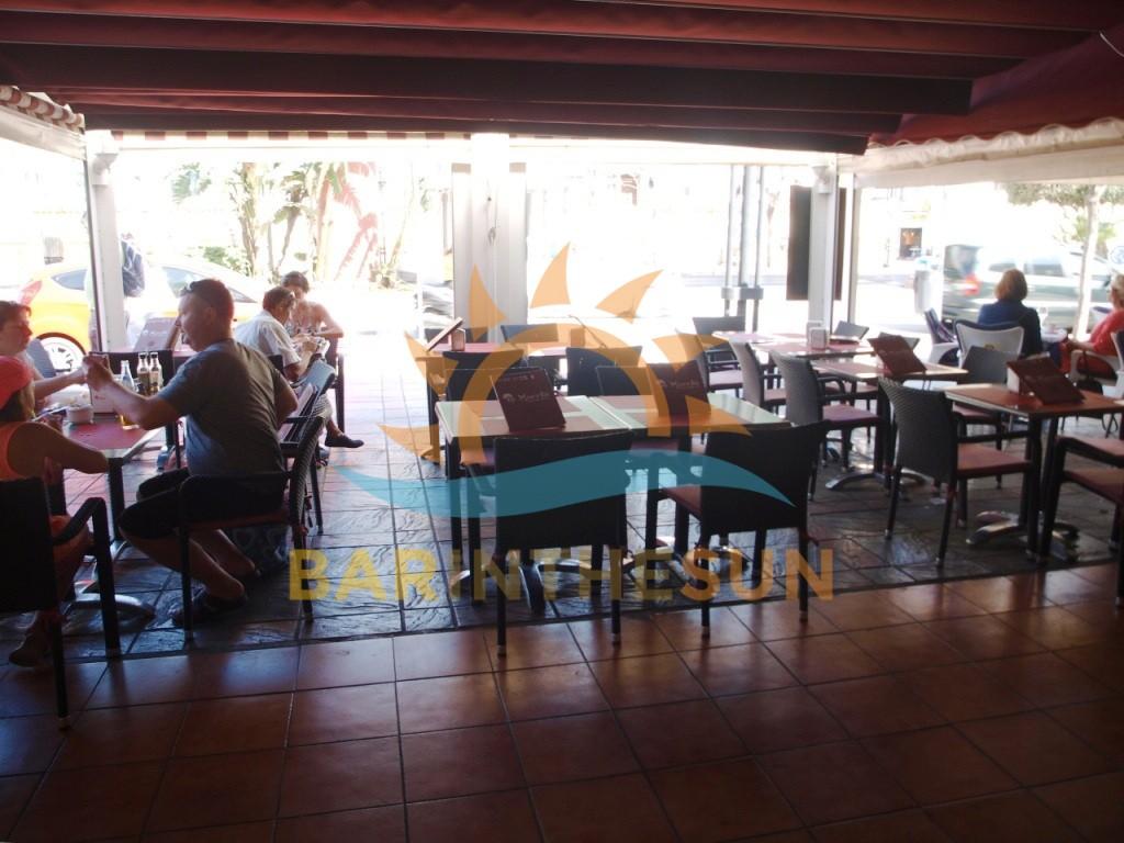 €64,950 – Cafe Bars in Fuengirola – Ref LB2315