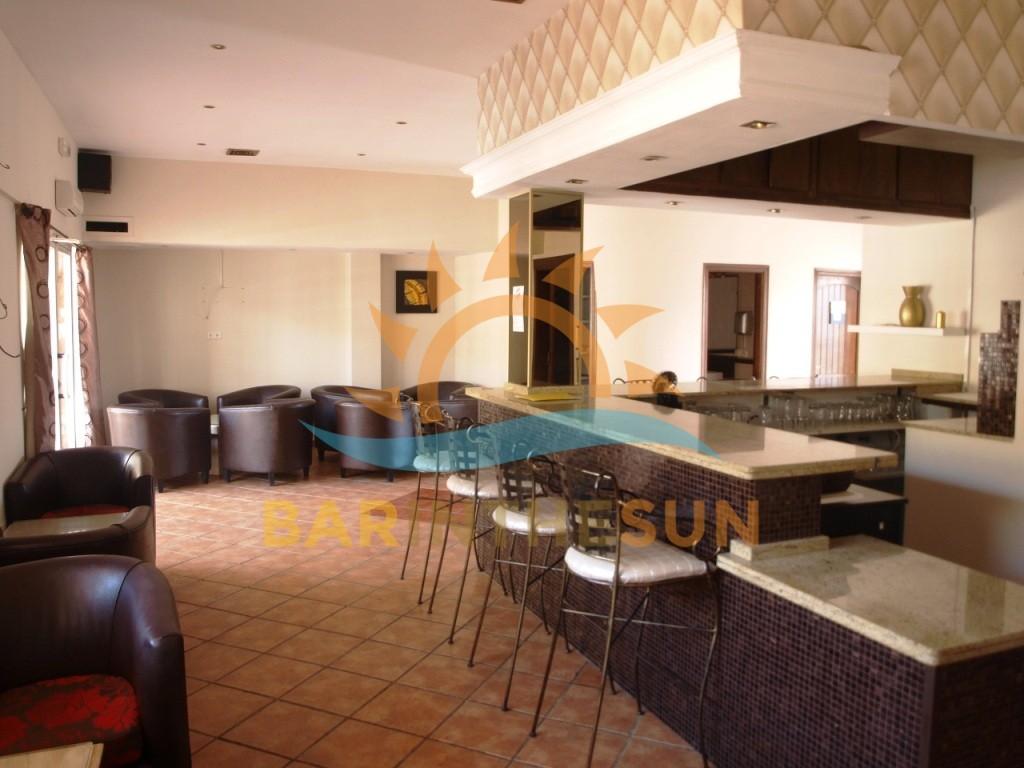 €274,950 – Drinks Bar in Mijas Costa – Ref MC1627