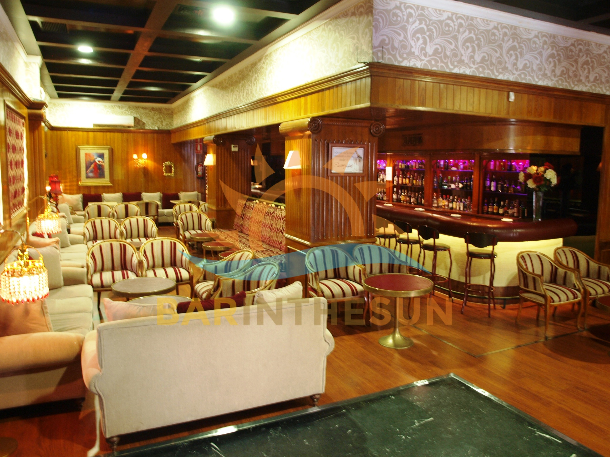 Freehold Music Bar For Sale in Benalmadena Costa del Sol, Music Bars For Sale in Spain